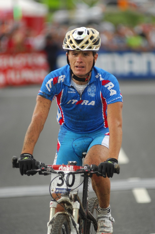 Mistrovstv� sv�ta v MTB maratonu 2009 - Graz /AUT/: Alexey Medvedev smutn�m hrdinou �ampion�tu