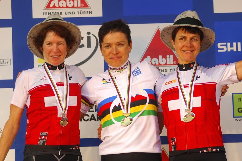 Mistrovstv� sv�ta v MTB maratonu 2009 - Graz /AUT/: 1. Sabine Spitz, 2. Esther Suss, 3. Petra Henzi