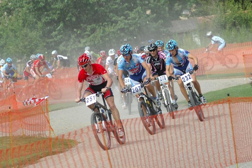 Finále Jihočeského poháru MTB 09 v Novosedlech - start mužů