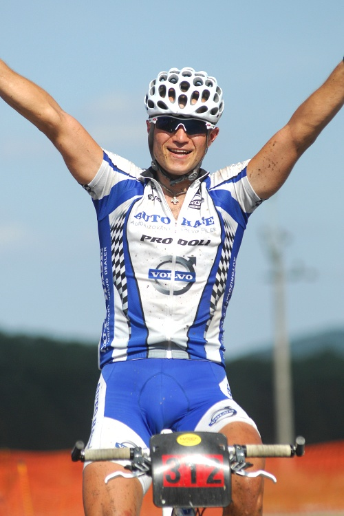 Fin�le Jiho�esk�ho poh�ru MTB 09 v Novosedlech - Ivan Ryba��k v�t�z�