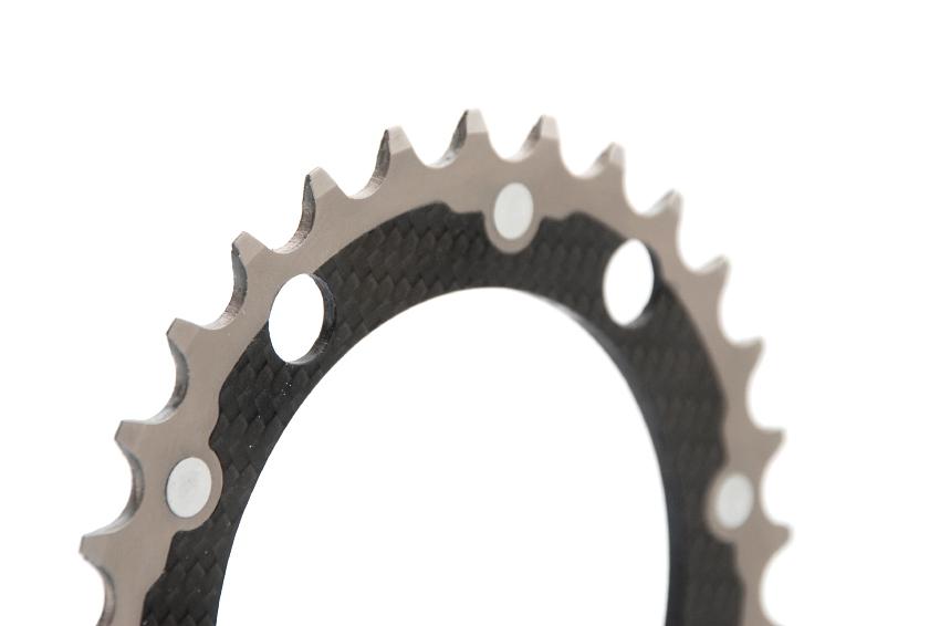 Luxusí komponenty Carbon-Ti: karbonové převodníky s titanovými zuby