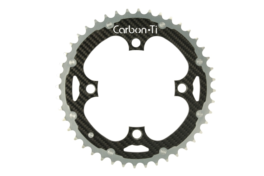 Luxusí komponenty Carbon-Ti: Karbonovo-titanový převodník