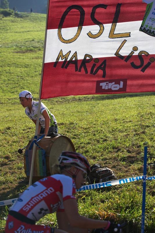 Nissan UCI MTB World Cup XCO #8, Schladming 19.9. 2009 - Lisi Osl měla hlučné fanoušky