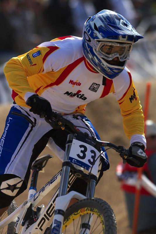 Mistrovství světa MTB DH 2009, Canberra /AUS/ - Španěl David Vaquez Lopez jezdíval v první desítce, letos stačil jen na 25. místo