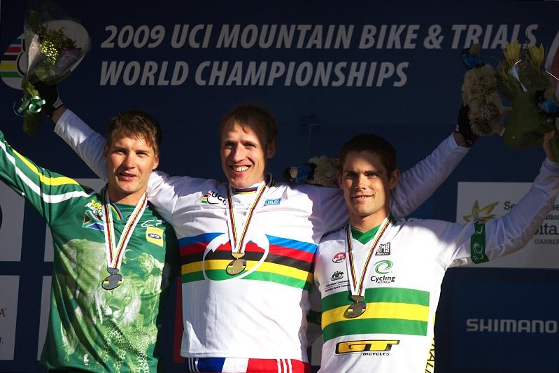 Mistrovství světa MTB DH 2009, Canberra /AUS/ - 1. Steve Peat, 2. Greg Minaar, 3. Mick Hannah