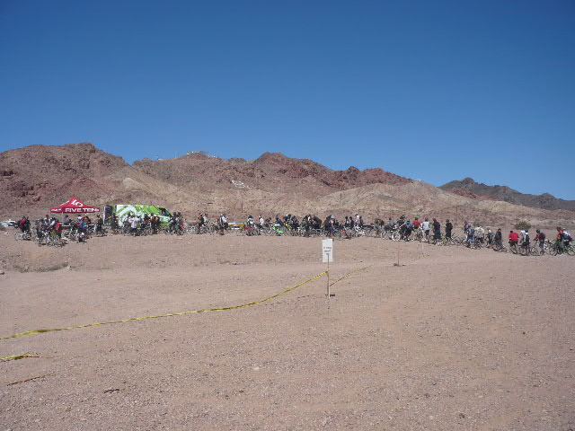 Interbike 2009, Las Vegas /USA/, fronta na Outdoor Demo, foto: Pert Kuba/Pedalsport.cz