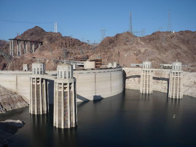 Interbike 2009, Las Vegas /USA/ - slavn� Hoover Dam rozd�luj�c� st�ty Arizona a Nevada, foto: Pert Kuba/Pedalsport.cz
