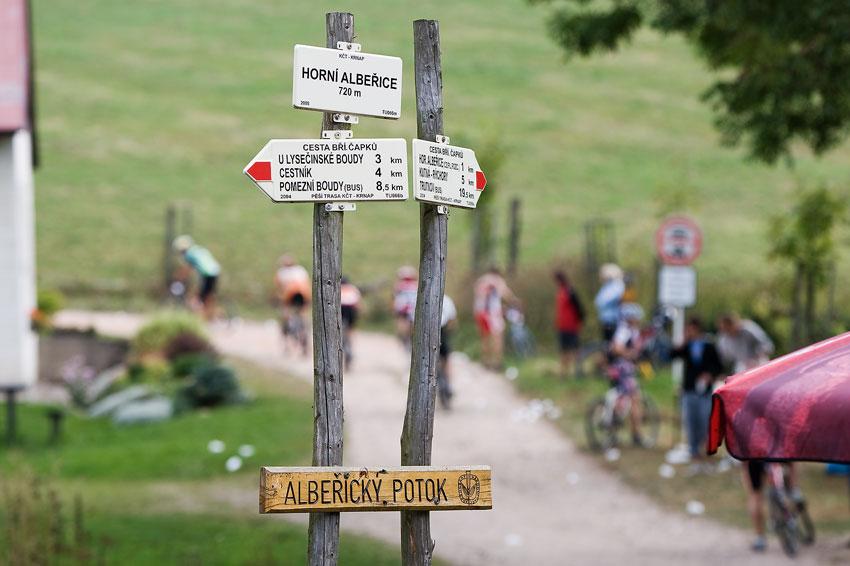 Scott Žacléřská 70 MTB 2009 - Horní Albeřice s bufetem a stoupáním s nádhernými výhledy do okolí