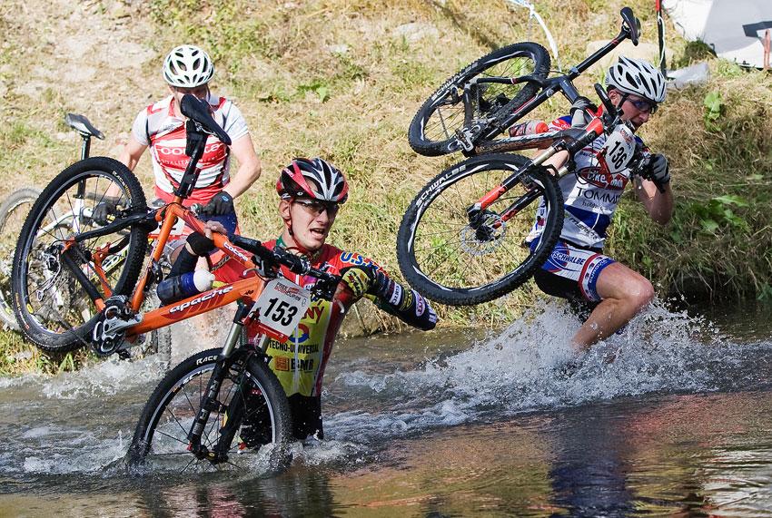 Free Litovel Bobr Cup 2009 - brodění dalších borců na kole