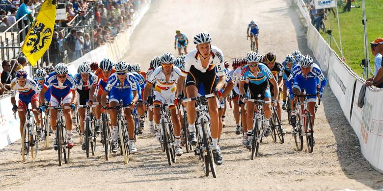Sv�tov� poh�r v cyklokrosu - 1. z�vod 3.10. 2009, Treviso/It�lie - start U23, foto: Armin K�stenbr�ck