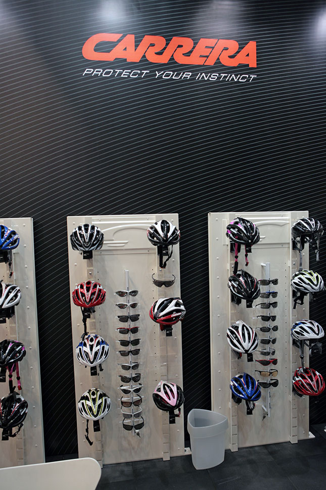 Carrera helmets 2010 na Eurobike 2009