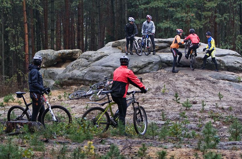 Alltraining podzimní kemp Český ráj 2009 - nácvik techniky v okolí Branžeže