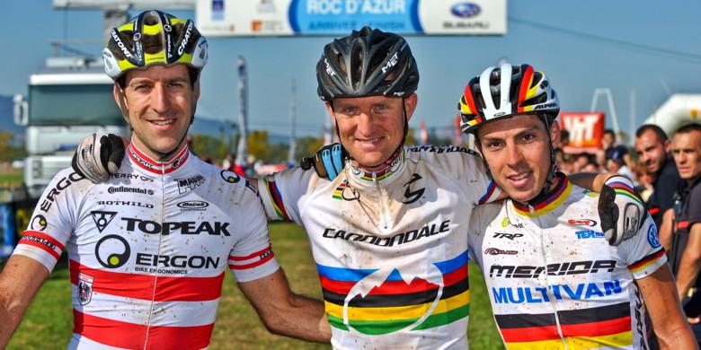 Roc d'Azur, Frejus /FRA/ 2009 - maratonští šampioni, zleva Lakata, Paulissen a Käss