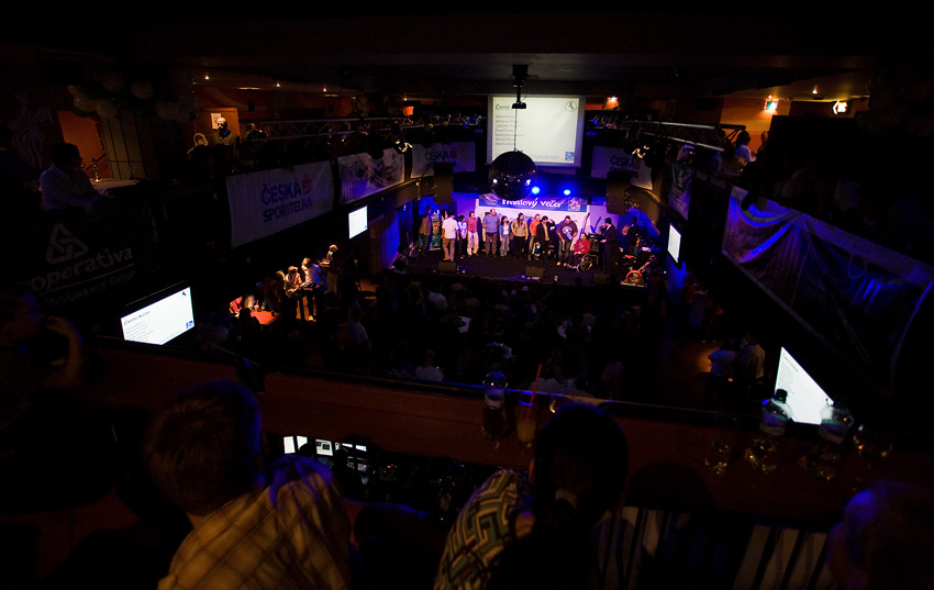 KP� Fin�lov� ve�er 2009 - slavnostn� p�ed�v�n� cen se odehr�lo v pra�sk� Retro Music Hall