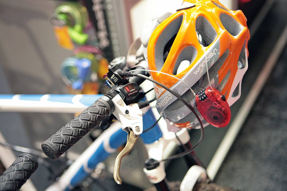 Master Lock 2010 na Eurobike 2009