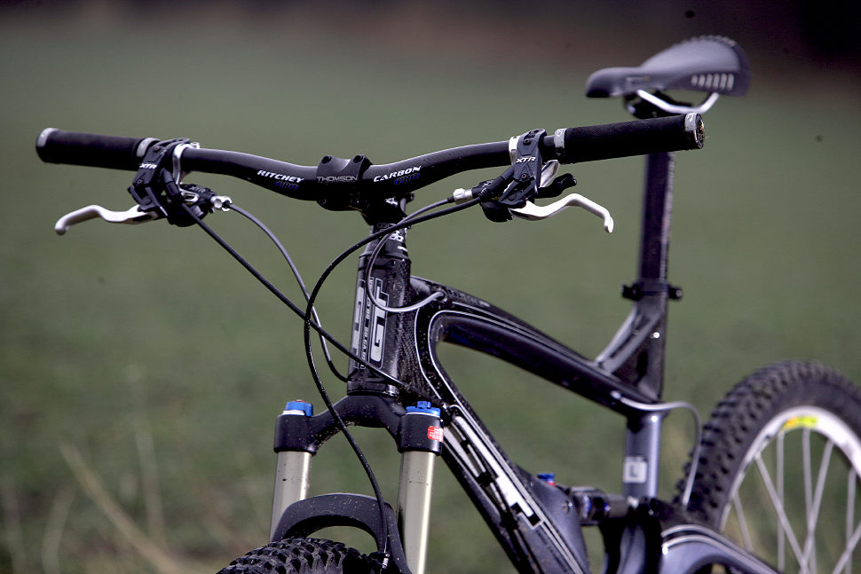 GT Force PRO Carbon TEST