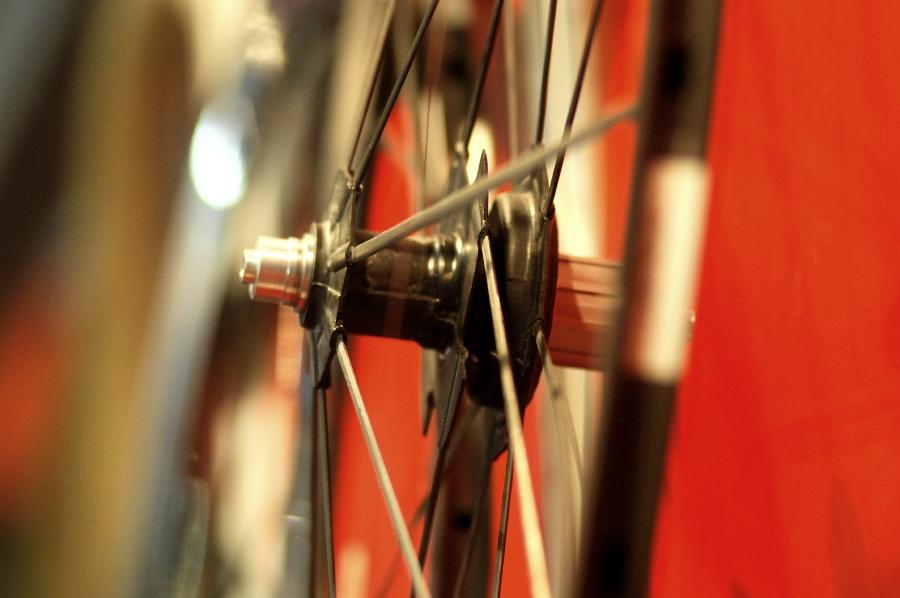 Bike Brno 2009: zapletená kola Reynolds RZR 46T