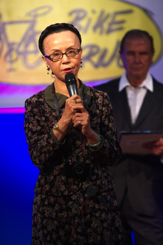 Bike Brno 2009 - tchajvanská předsedkyně poroty Bike Brno Prestige Grace Ruan z časopisu Wheel