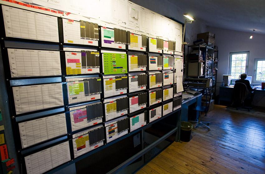 Nicolai 2009 - návštěva výroby - tabule řízení výroby