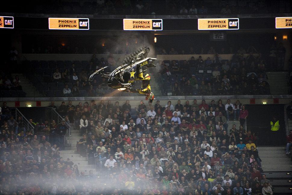 MTV FMX Gladiator Games 2009 ... a po přestávce vystřih beko