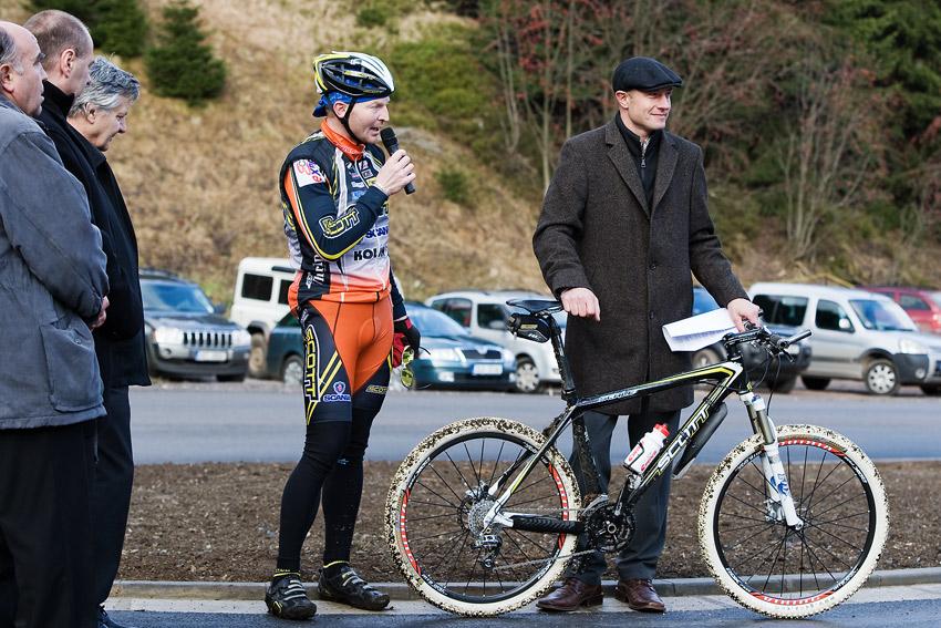 Pec pod Sn�kou 2009 - slavnostn� otev�en�  - Jan Slav��ek a Alan Tom�ek