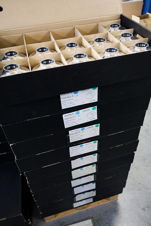 Rohloff 2009 - krabice s díly od subdodavatelů