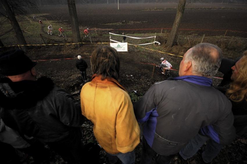 Toi Toi Cup #7, 21.10.2009 Louny: diváci viděli téměř celou trať z jednoho místa