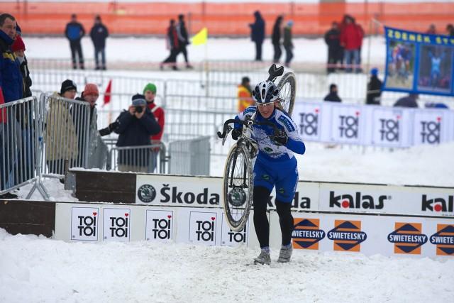 Mistrovství ČR v cyklokrosu 2010, Tábor: Jana Kyptová za první dvojicí již výrazně ztrácela