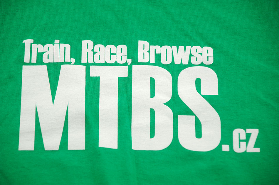 MTBS tričko zelené (potisk na prsou a logo na rukávu)