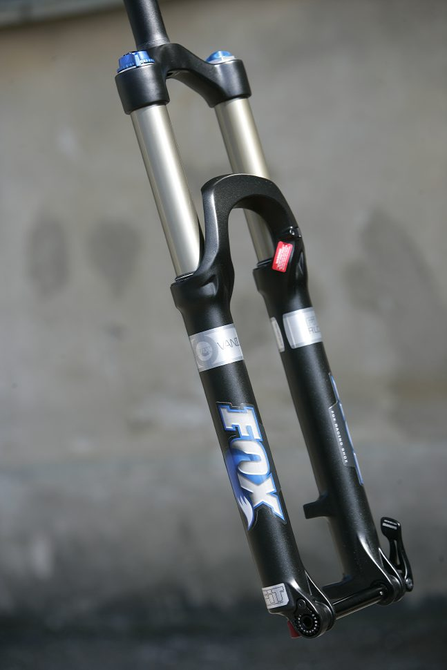 Fox 32 Vanilla 140 RLC