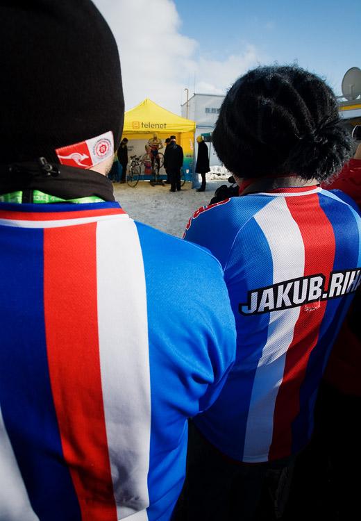 Mistrovství světa v cyklokrosu, Tábor 2010 - Elite: čeští fanoušci sledovali Zdeňka při rozjíždění