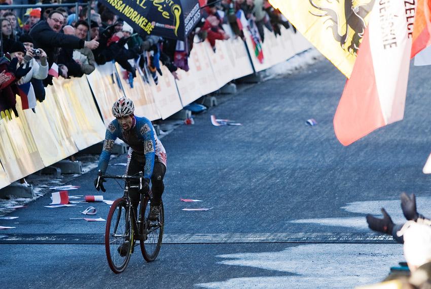 Mistrovství světa v cyklokrosu, Tábor 2010 - Elite: Martin Bína nakonec těsně bez medaile... za předvedený výkon si však zasloužil obrovský aplaus od diváků