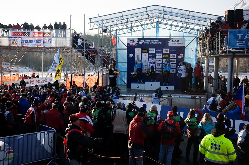 Mistrovství světa v cyklokrosu, Tábor 2010 - Elite: v tento moment v Táboře zněla česká státní hymna na počest vítěze