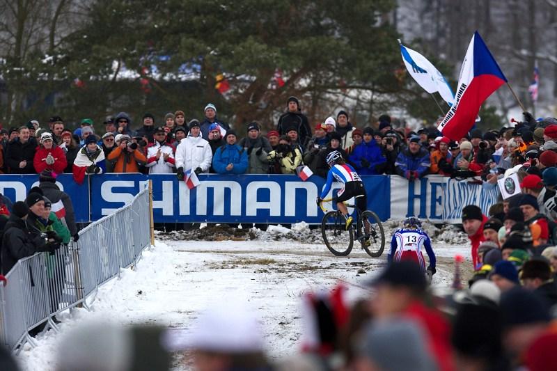 Mistrovství světa v cyklokrosu - Tábor 31.1. 2010 - závod žen - fanoušci hlali Katku za vysněnou medailí..... marně