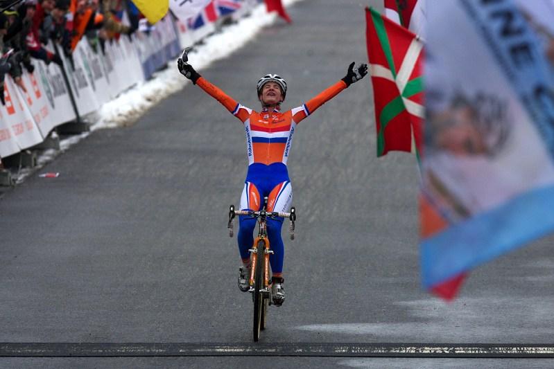 Mistrovství světa v cyklokrosu - Tábor 31.1. 2010 - závod žen - Marianne Vos