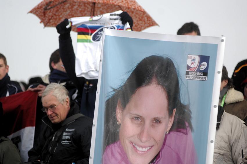 Mistrovstv� sv�ta v cyklokrosu, T�bor 2010 - �eny: Kate�ina Nash skon�ila �tvrt�