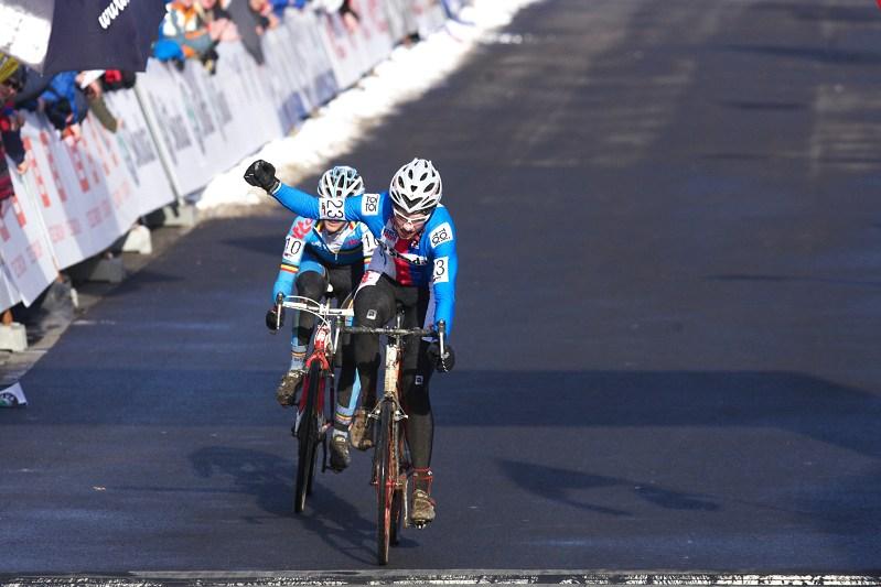 Mistrovství světa v cyklokrosu - Tábor 30.1. 2010 - radost ze čtvrtého místa měl i Matěj Lasák