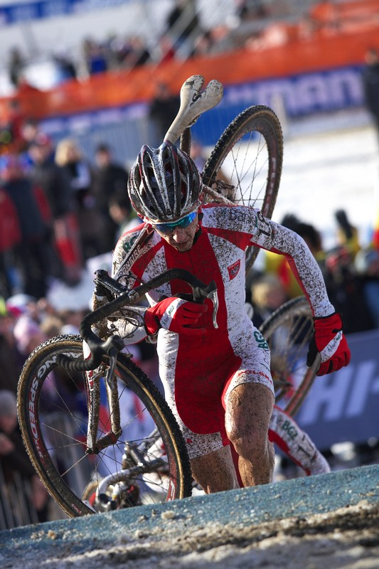 Mistrovství světa v cyklokrosu - Tábor 30.1. 2010 - Marek Konwa byl prvním z Poláků, kdo rozjel závod