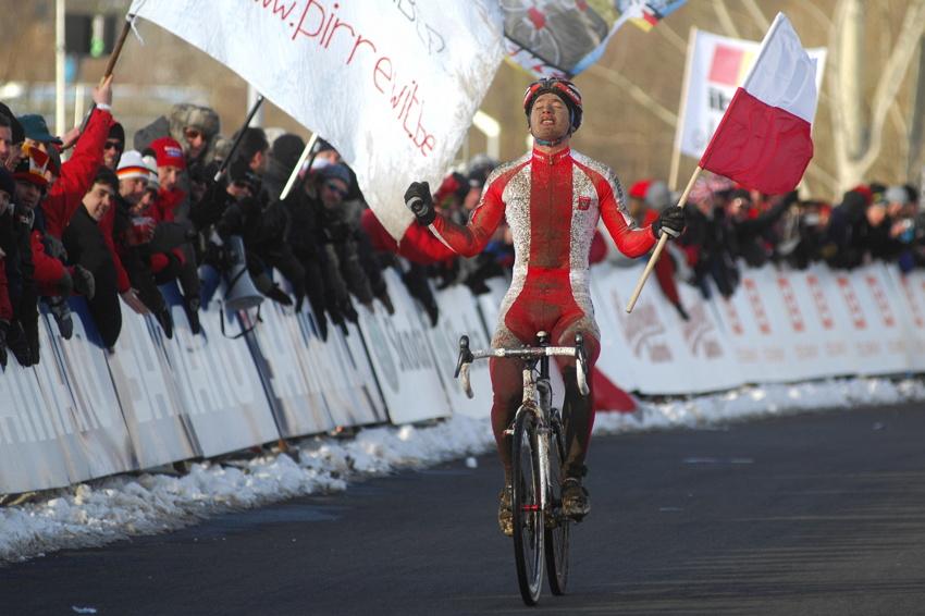Mistrovství světa v cyklokrosu, Tábor 2010 - junioři & U23: Pawel Szczepaniak vítězí