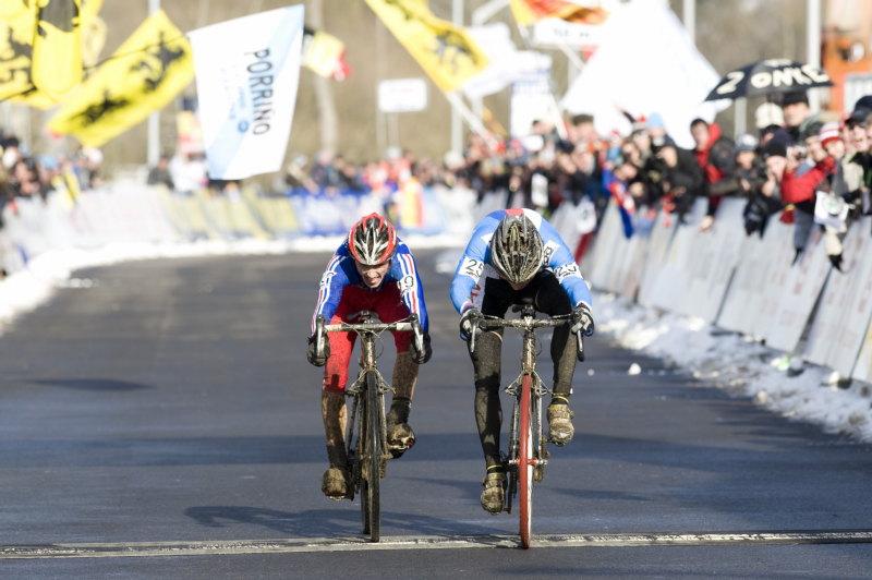 Mistrovství světa v cyklokrosu - Tábor 30.1. 2010 - Tomáš Paprstka ještě jednou