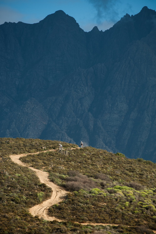 ABSA Cape Epic 2010 - 5. etapa: časovka v horách