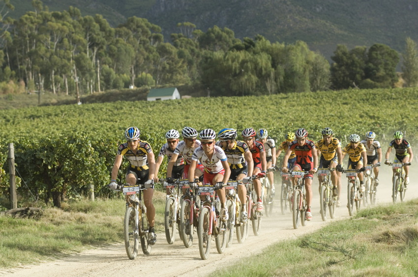 ABSA Cape Epic 2010 - 6. etapa: zase vinice