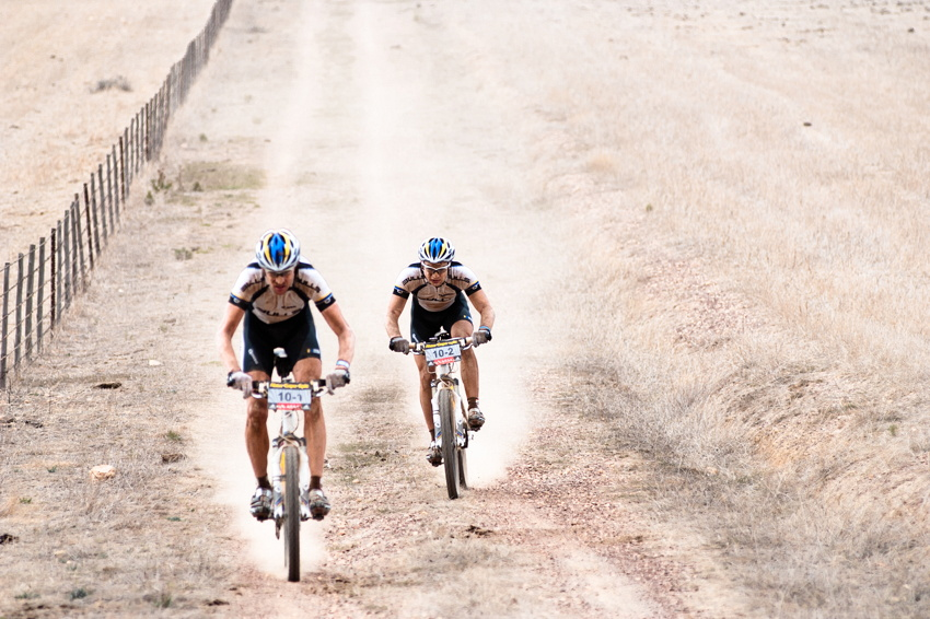 ABSA Cape Epic 2010 - 6. etapa: Thomas Dietsch a Tim Bohme