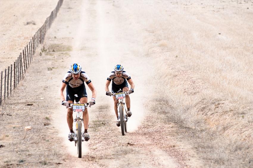 ABSA Cape Epic 2010 - 6. etapa: Thomas Dietsch a Tim Bohme