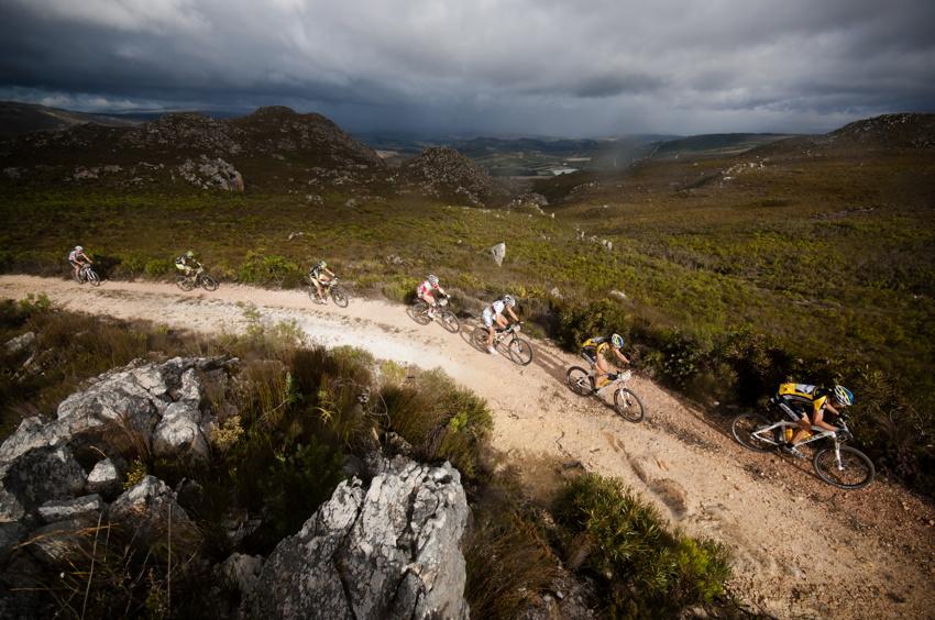 ABSA Cape Epic 2010 - 7. etapa: v horách nebylo hezké počasí