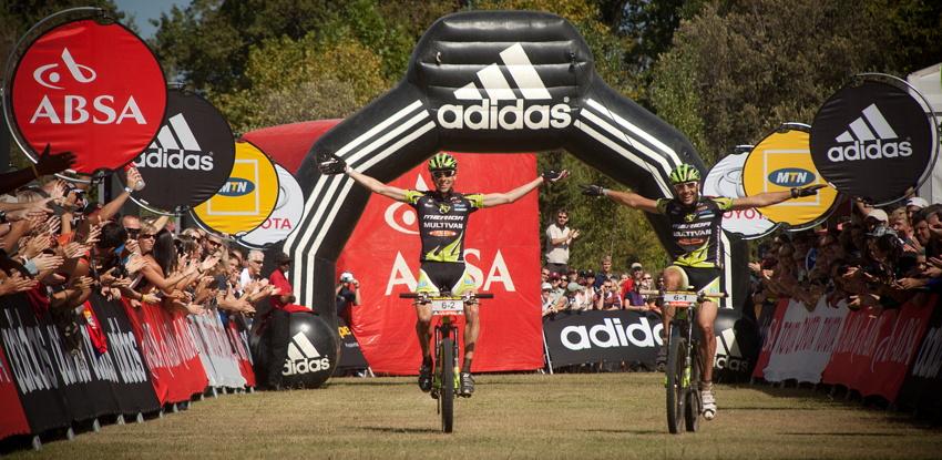 ABSA Cape Epic 2010 - 8. etapa: Rudi Van Houts a José Antonio Hermida vítězí v poslední etapě