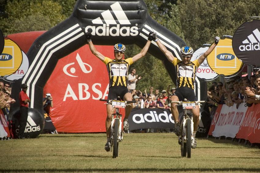 ABSA Cape Epic 2010 - 8. etapa: Stefan Sahm a Karl Platt obhajují loňské vítězství