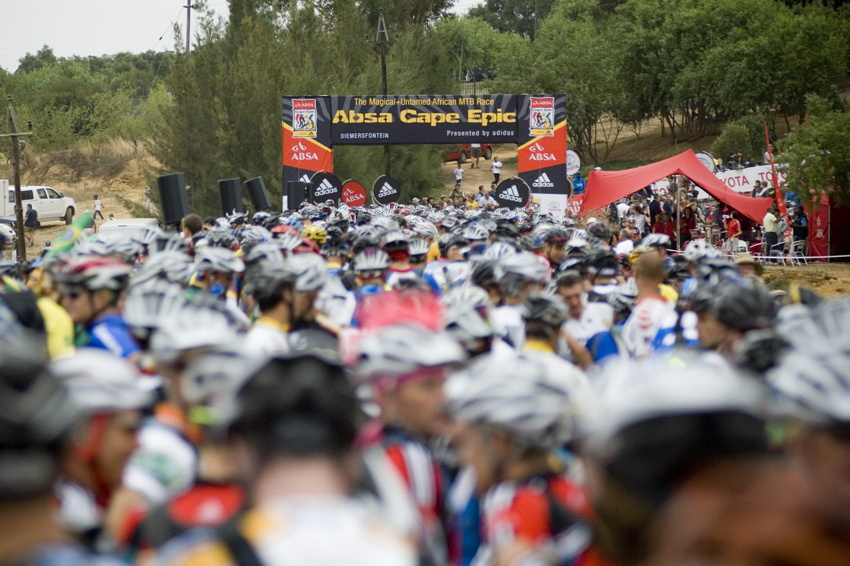ABSA Cape Epic 2010: start prvn� etapy