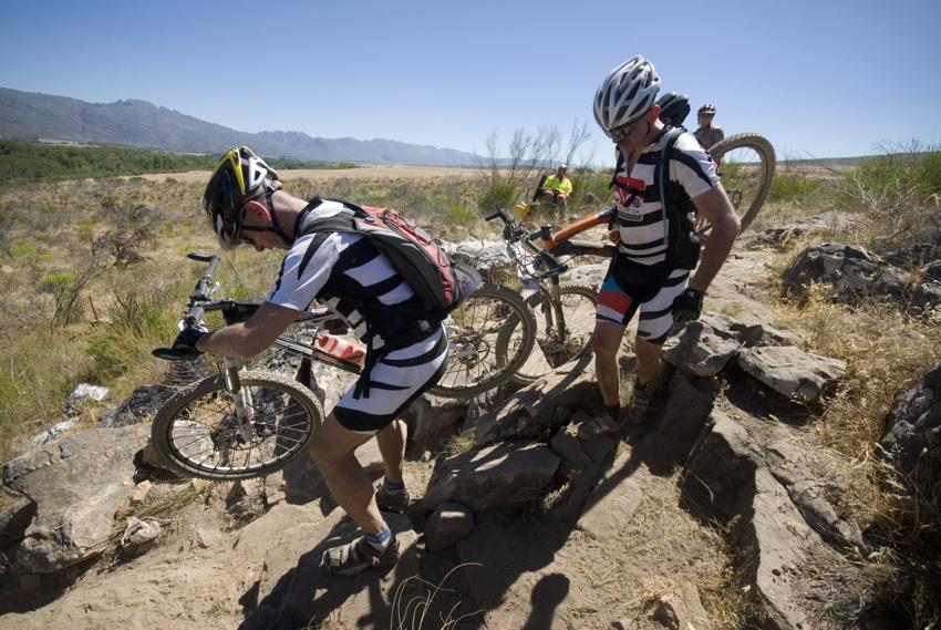 ABSA Cape Epic 2010 - 4.etapa: Otta Matoušek a Jan Gabris bojují s nástrahami tratě