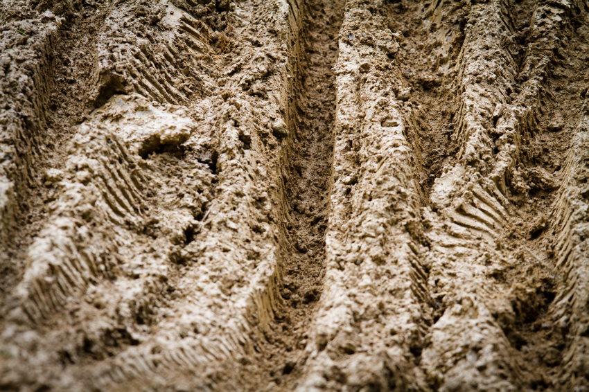trať pokrývala velká vrstva bláta